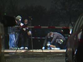 lebenslange haft wegen mordes: zwei männer erschossen frau aus spaß