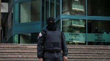 Venezuelas Opposition: Geheimdienst in Büroräume Guaidós eingedrungen