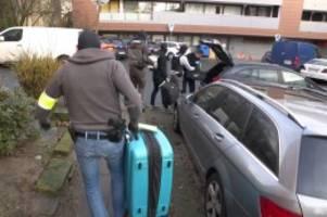 hamburg: schlag gegen einbrecherbande? polizei durchsucht wohnungen