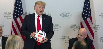 Infantino spielt sich bei Trumps Dinner in den Vordergrund