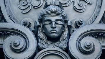 berlin: freundin aus mordlust erschossen – haft für zwei männer