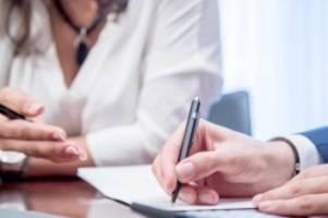 Kostenlose Auskünfte: Versichertenberater helfen bei Rentenfragen