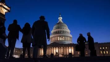 stichhaltigkeit der vorwürfe - impeachment-verfahren: bühne gehört weiter den anklägern