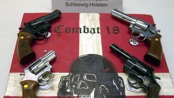 verfassungsschutz hatte combat 18-mitglieder im blick