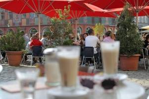 So wollen Parteien Augsburgs Lebensqualität verbessern