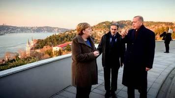 Besuch in Istanbul: Merkel trifft Erdogan: Viele freundliche Worte, kein Problem gelöst
