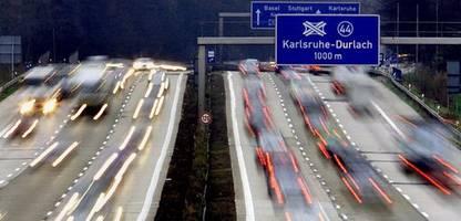 tempolimit auf autobahnen: adac gibt ablehnende haltung auf
