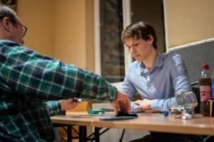 weg vom digitalen: gesellschaftsspiele sind im trend