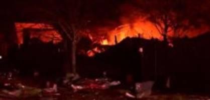 Knall meilenweit zu hören: Explosion in Houston - Polizei sperrt Strassen