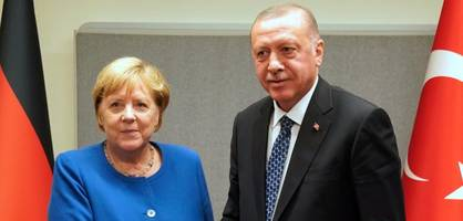 Gemeinsame Pressekonferenz von Merkel und Erdogan