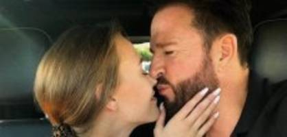 «Weil ich dich so liebe, Baby»: Laura schenkt dem Wendler sein Traumauto