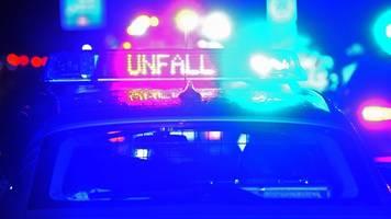auffahrunfall auf der a72: zwei männer schwer verletzt