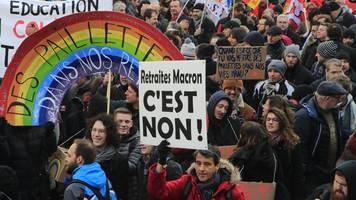 Kabinett berät - Frankreich: Wieder viel Protest gegen Rentenreform