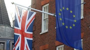 Newsblog: Spitzen der EU unterzeichnen Brexit-Vertrag