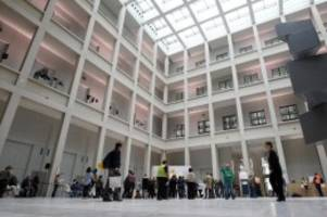 Kulturpolitik: Parzinger: Kolonialer Schuld mehr Aufmerksamkeit schenken