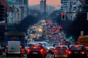Parteien: SPD will mehr ÖPNV: aber keinen Krieg gegen Autofahrer