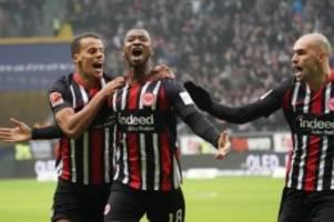 Bundesliga: Spitzenreiter Leipzig verliert - Gladbach holt auf