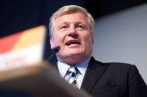 Parteien: CDU-Chef zu Auschwitz-Gedenken: Nie endende Verantwortung