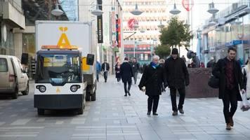arbeitsteilung in skandinavien: wenn die post gleich den müll mitnimmt
