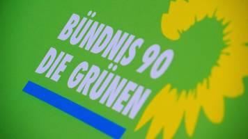 grüne stimmen über minderheitsregierung und vorstand ab