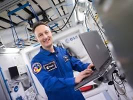 Erstes Haus auf dem Mond?: Astronauten bauen Moon-Village in Köln