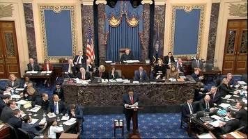 Amtsenthebung : Donald Trumps Verteidiger werfen Demokraten vor, die Wahl von 2016 kippen zu wollen