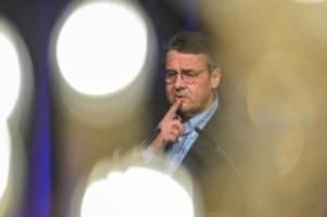 Ehemaliger SPD-Chef: Gabriel verteidigt Wechsel in Deutsche-Bank-Aufsichtsrat