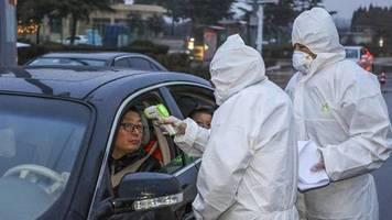 News von heute: Chinesische Behörden: 80 Tote durch Coronavirus – Gefahr für Deutschland laut RKI sehr gering