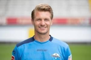 Fußball: Torhüter Ratajczak wechselt von Paderborn nach Hannover