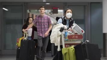 Etwa 90 Deutsche in Wuhan - Virus in China: Immer mehr Staaten holen Landsleute zurück
