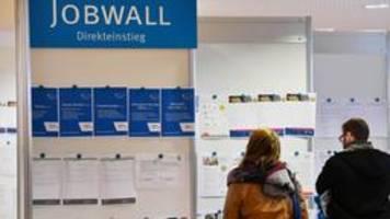 Erwerbslosenzahl auf niedrigstem Stand seit Wiedervereinigung