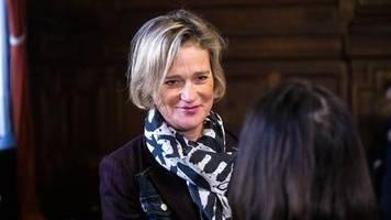 DNA-Test hat es bestätigt: Delphine Boël ist die leibliche Tochter von König Albert II. – das könnte Folgen haben