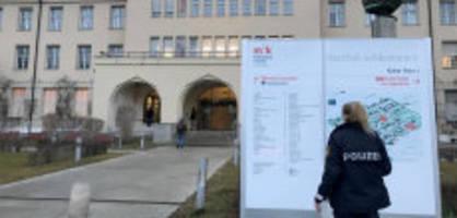 Pressekonferenz: Deutschland informiert über Coronavirus-Fall