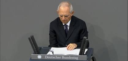 """schäuble – """"75 jahre nach auschwitz gibt es noch immer antisemitismus"""""""