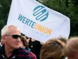 Sprecher der Werteunion legt alle politischen Ämter nieder