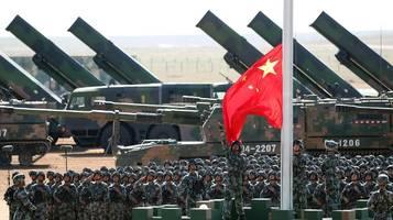 Militärbudgets: Stärkster Anstieg der weltweiten Militärausgaben seit zehn Jahren
