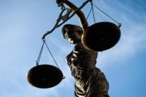 Terrorismus: Mutmaßliche rechte Terrorzelle: Entscheidung über U-Haft