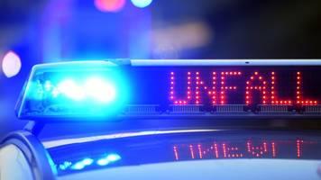 Drei Schwerverletzte bei Auffahrunfall auf A59