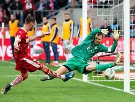 Zehn Tore schießen können: Nachlässigkeiten des FC Bayern ärgern Neuer