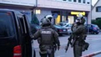 Rechtsextremismus: Mutmaßliche rechte Terrorzelle wollte offenbar Moscheen angreifen