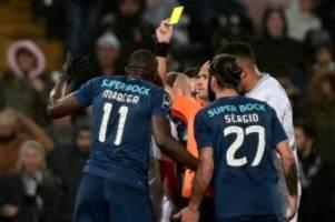 Fußball: Wir sind alle Marega: Rassismus-Eklat empört Portugal