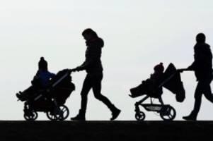 Elterngeldreform: Mehr Geld bei Frühchen und mehr Teilzeit