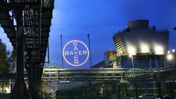 265 Millionen Dollar: Bayer und BASF sollen Millionenstrafe wegen Herbizid zahlen