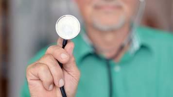 Bertelsmann Stiftung: Studie: Bei nur einer Krankenversicherung könnten Beiträge spürbar sinken