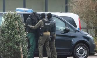 Deutschland: Rechte Terrorzelle soll Anschläge auf betende Muslime geplant haben