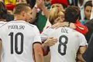 neue berichte - klinsmann wollte neben götze auch Özil und podolski zur hertha holen