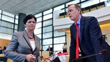 thüringen: respekt für ramelow-idee: cdu-politikerin soll übergangsweise regierungschefin werden
