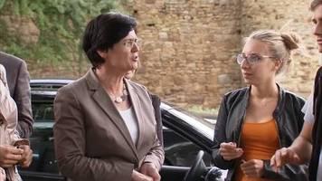 Video: Christine Lieberknecht soll Übergangsregierung in Erfurt führen