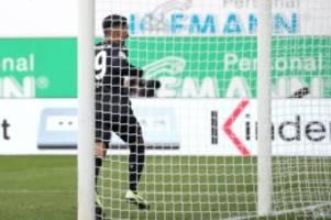 Fußball: Hannover 96 bindet Nachwuchsstürmer Stehle bis 2022