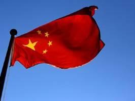 reaktion auf coronavirus-artikel: china weist wall street journal-autoren aus